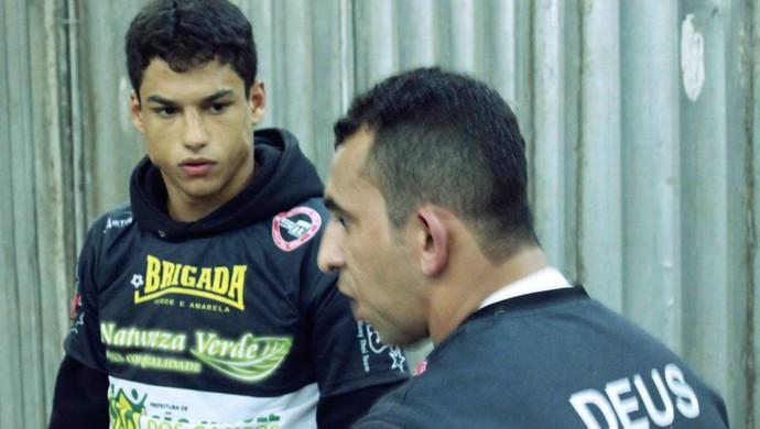 Gustavo Gabriel está em São Paulo treinando na academia Chute Boxe (Foto: Cortesia/Diogo Rocha)