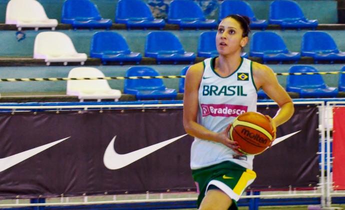 Ala Patrícia Seleção feminina de basquete - treino em São José dos Campos (Foto: Danilo Sardinha/GloboEsporte.com)
