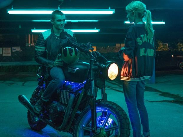 Emma Roberts e Dave Franco em cena de 'Nerve: Um jogo sem regras' (Foto: Divulgação)