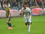 Gol de Eto'o abre caminho para vitória do Antalyaspor sobre o Fenerbahçe