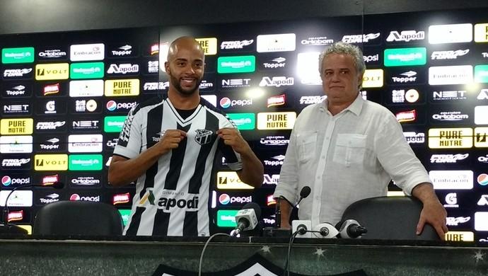 Romário, Ceará, lateral-esquerdo (Foto: Juscelino Filho)