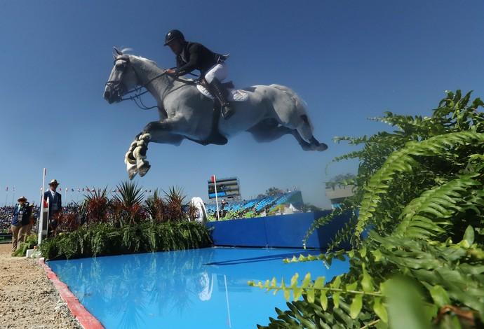 GALERIA - Pedro Veniss disputa prova de saltos individuais pelo Brasil (Foto: Christian Petersen/Getty Images)
