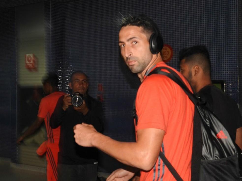Donatti está de saída do Flamengo (Foto: Fred Gomes)