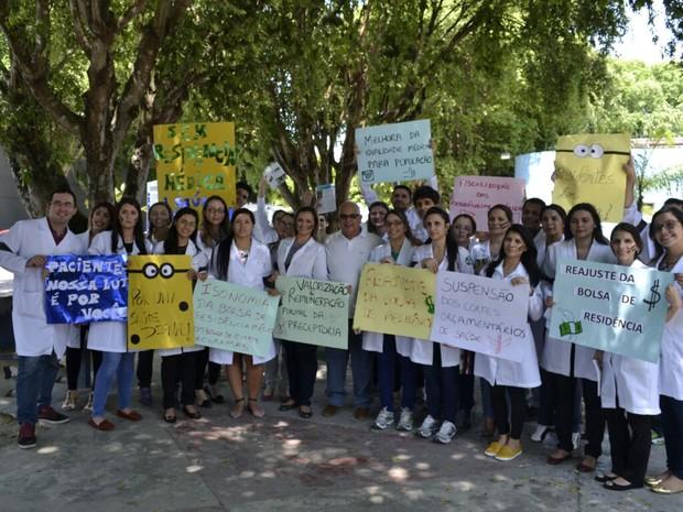 Residentes reuniram-se nas dependências do Hospital Adriano Jorge (Foto: Simeam/Divulgação)
