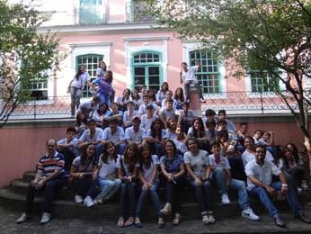 Alunos da escola Cardeal Arcoverde, do município de Arcoverde, no sertão, em visita à FGF. (Foto: Gabriela Belém, G1 PE)