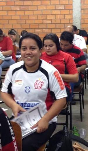 Turma se veste de Flamengo para realizar prova com consulta em Cuiabá (Foto: Osvaldo Sobrinho/Divulgação)