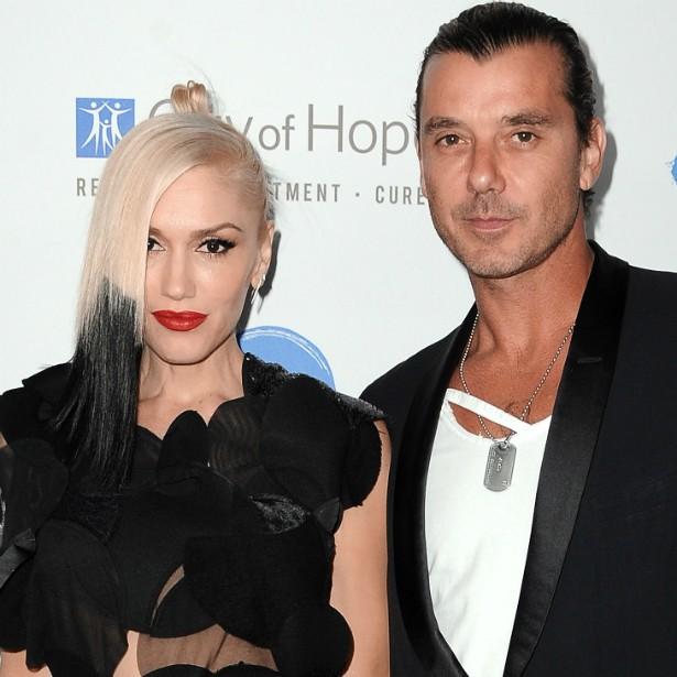 Gwen Stefani e Gavin Rossdale se conheceram da maneira mais convencional possível para um par de roqueiros: a banda dela, o No Doubt, abriu um show da banda dele, o Bush, em 1995. Casaram-se em 2002 e têm três filhos. (Foto: Getty Images)
