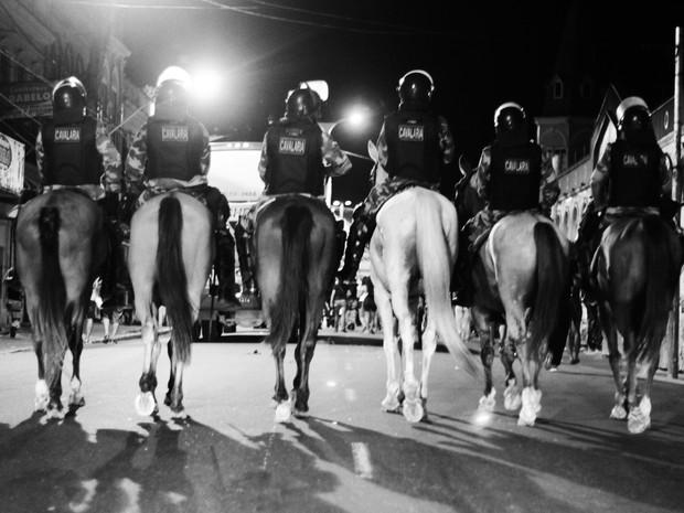 Registro da cavalaria da Polícia Militar durante as manifestações em Belém. (Foto: Divulgação/Karina Martins)
