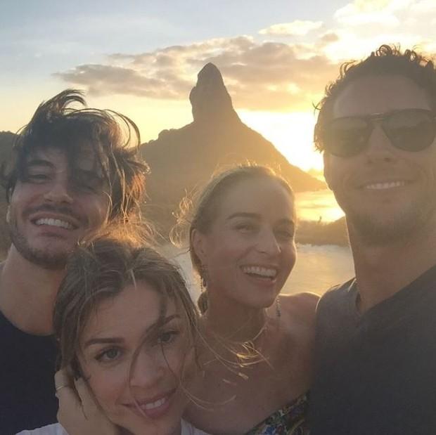 Ricardo Tozzi, Grazi Massafera, Angélica e Flávio Canto em Noronha (Foto: Reprodução/ Instagram)