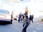 Nicki Minaj usa visual polêmico e mostra demais