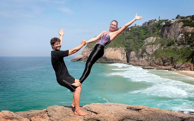 Laura haciendo yoga y follada - 2 1