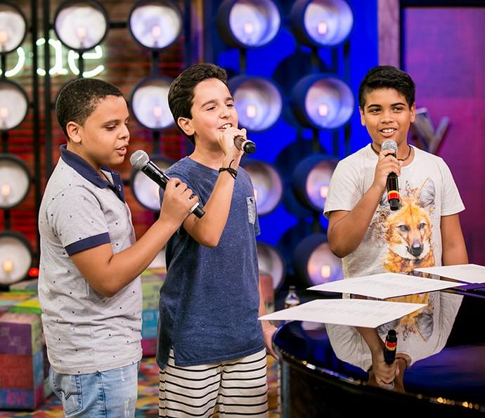 Ryandro, Gabriel Gava e João Pedro encontrando o tom para arrasarem no programa (Foto: Isabella Pinheiro/Gshow)