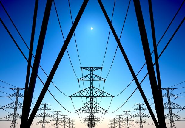 Linhas de transmissão de energia elétrica (Foto: Thinkstock)