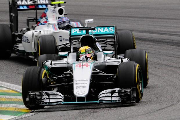 Lewis Hamilton nunca venceu no Brasil (Foto: Ivan Carneiro/Autoesporte)