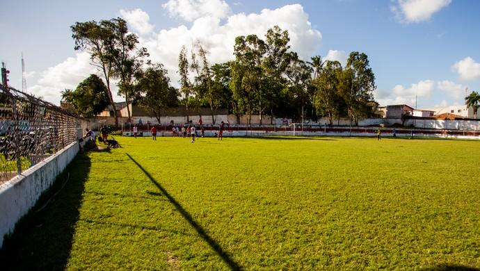 Campo do Penedense (Foto: Jonathan Lins / GloboEsporte.com)