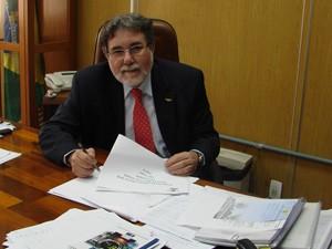 Reitor Carlos Américo Pacheco quer fortalecer habilidades sociais dos alunos (Foto: Carolina Teodora/G1)