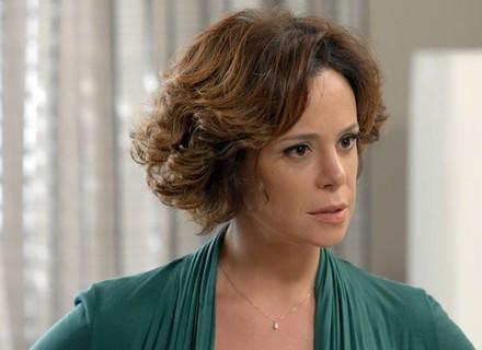 Ana cobra explicações de Ciça, e Miguel fica furioso