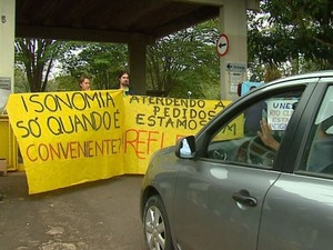 Unesp greve Rio Claro (Foto: Foto: Felipe Lazzarotto / EPTV)