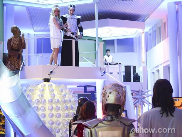 Os dois cumprimentam os participantes do concurso (Foto: Raphael Dias/TV Globo)