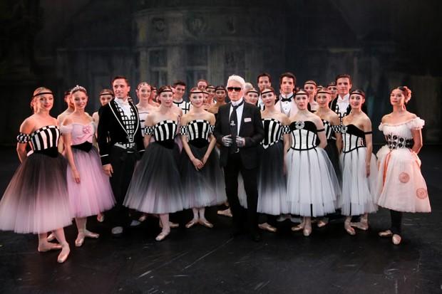 karl lagerfeld bastille32 Karl Lagerfeld cria looks para espetáculo de ballet na França