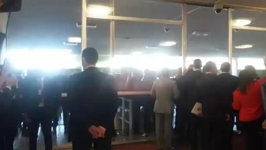 Dilma chega ao Senado para sessão do impeachment