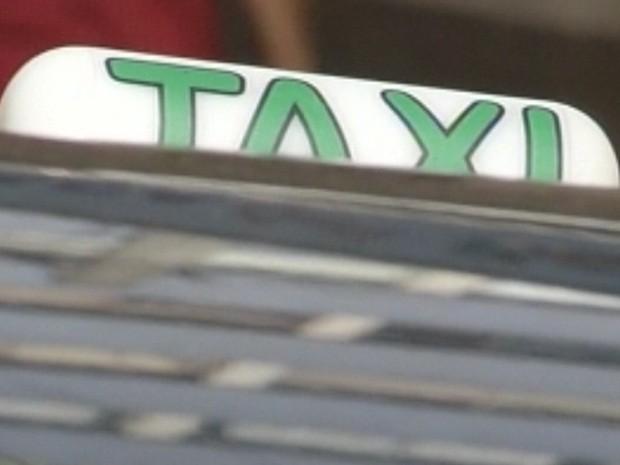 Taxistas foram alvos na mesma semana e um deles morreu. (Foto: Reprodução/TV TEM)