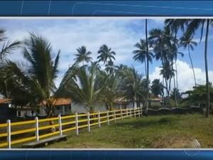 Pousada foi assaltada por três homens na quarta-feira (Foto: Reprodução/TV Bahia)