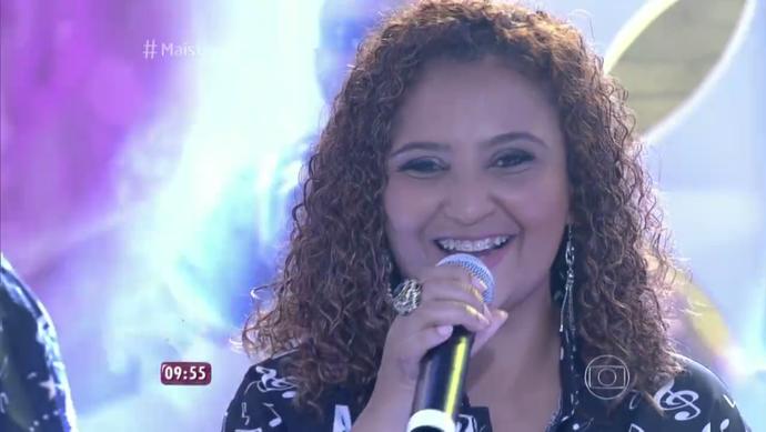Didi Gomes se apresenta no Mais Você com a Vai-Vai (Foto: Reprodução/TV Tribuna)