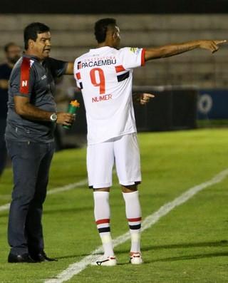 moacir junior e marcao botafogo-sp (Foto: Rogério Moroti/Ag. Botafogo)
