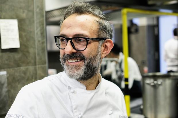 O chef italiano Massimo Bottura, do Osteria Francescana, em Modena: melhor do mundo pela revista Restaurant (Foto: Reprodução/Facebook)