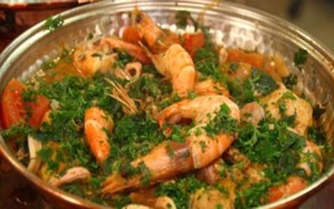 Cataplana de frango com frutos do mar