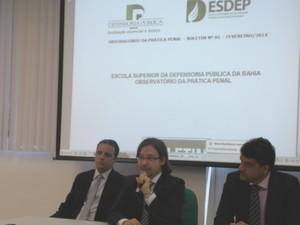 O coordenador da pesquisa, Daniel Nicory, apresentou os dados (Foto: Henrique Mendes/G1)
