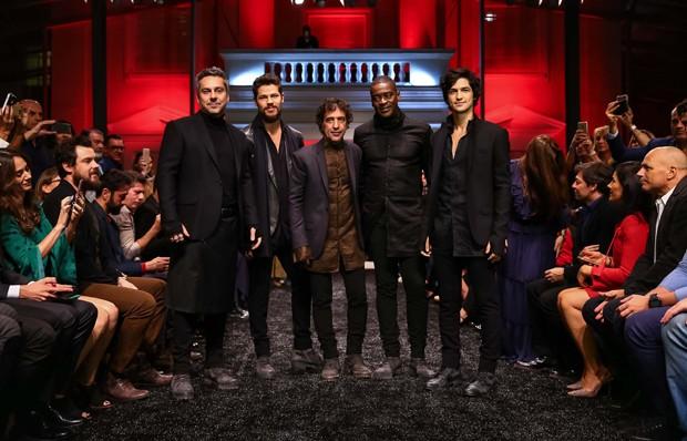 Alexandre Nero, José Loreto, Ricardo Almeida, Seu Jorge e Gabriel Leone (Foto: Raphael Castello/AgNews)