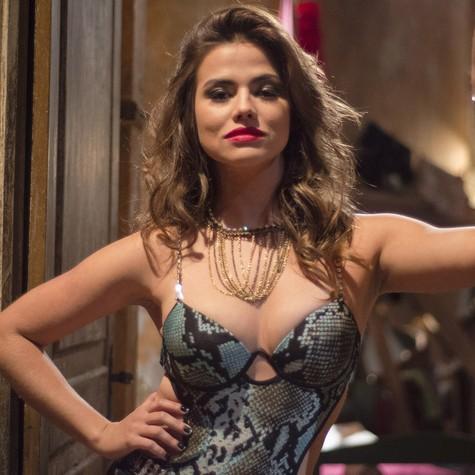 Laryssa em cena como Waleska, em 'Salve Jorge' (Foto: Raphael Dias/TV Globo)