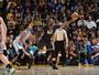 Curry volta, sai após nova lesão e vê Warriors só vencerem na prorrogação