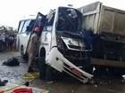 Pessoas são ouvidas sobre acidente com micro-ônibus em SE