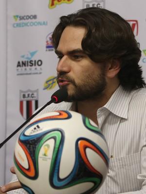 Fernando Henrique Gelfuso, diretor do Botafogo-SP (Foto: Rogério Moroti/Ag. Botafogo)