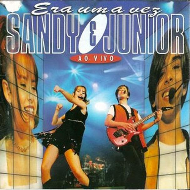 Capa do álbum Era Uma Vez Ao Vivo, da dupla Sandy & Junior, lançado em 1998 (Foto: Reprodução)