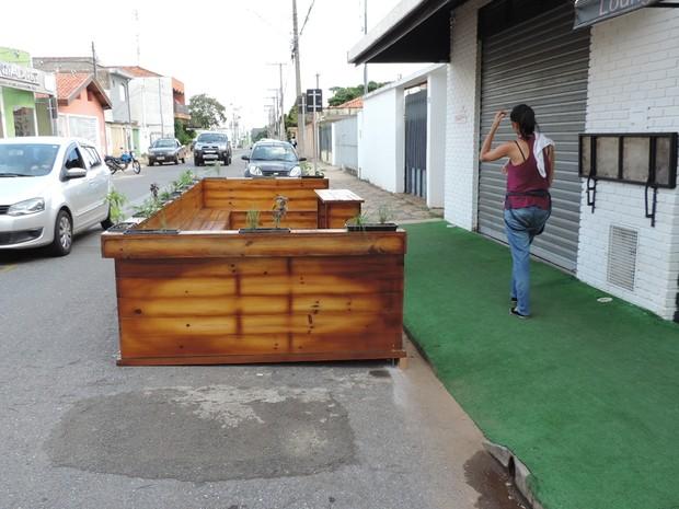Estrutura pública deixou muitos moradores curiosos (Foto: Caio Gomes Silveira/ G1)