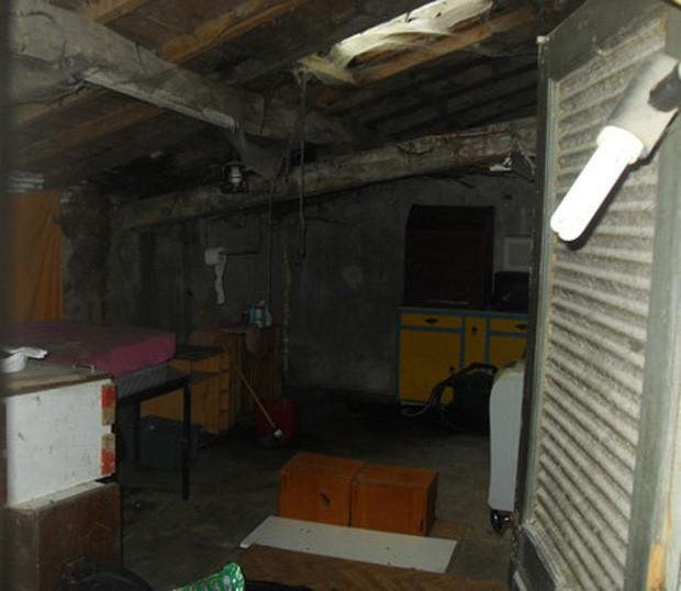 Vozes e outras atividades paranormais acontecem na casa, vendida a R$ 2,70 (Foto: Reprodução)