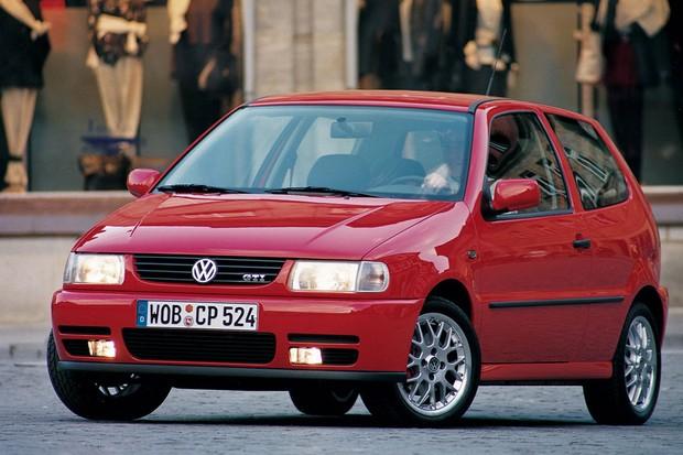 Polo GTI de 1998 foi o primeiro a receber a sigla que fez fama no Golf (Foto: Divulgação)