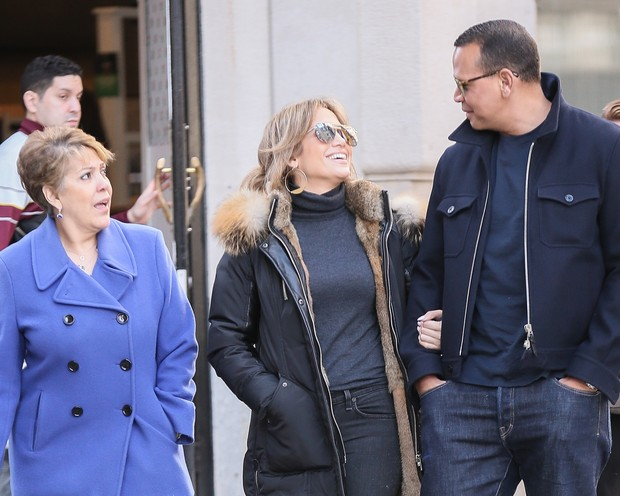 Guadalupe, Jennifer Lopez e A Rod (Foto: Grosby)