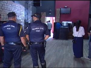 Operação da prefeitura de Poá foi na manhã desta quinta-feira (Foto: Reprodução/TV Diário)