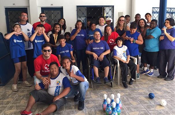 Mais de 20 crianças participaram do momento de entrega das doações (Foto: Bruno Gonçalves)
