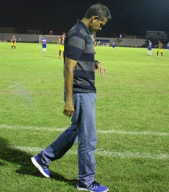 Álvaro Miguéis, técnico do Atlético-AC (Foto: Jheniffer Núbia)