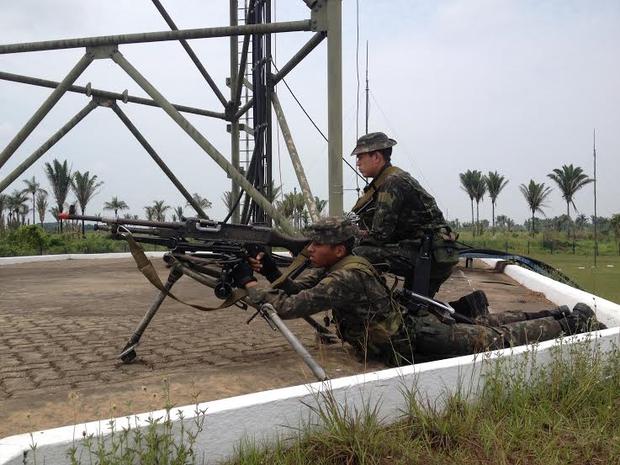 A Operaçã Traíra conta com a participação de militares de RO, AC e de países como Bolívia e Peru. (Foto: Junior Freitas/G1)