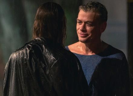 Arthur manda a real para Eliza: 'Posso alimentar alguma esperança?'