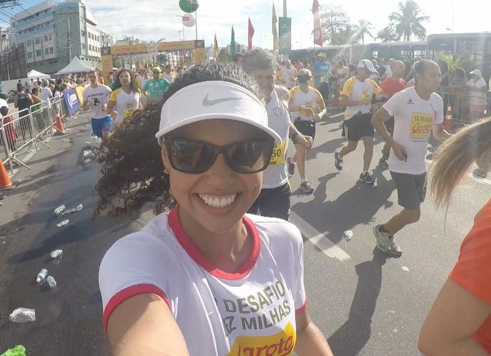 Lorena Fafá durante corrida entre Vitória e Vila Velha (Foto: Divulgação/TV Gazeta)