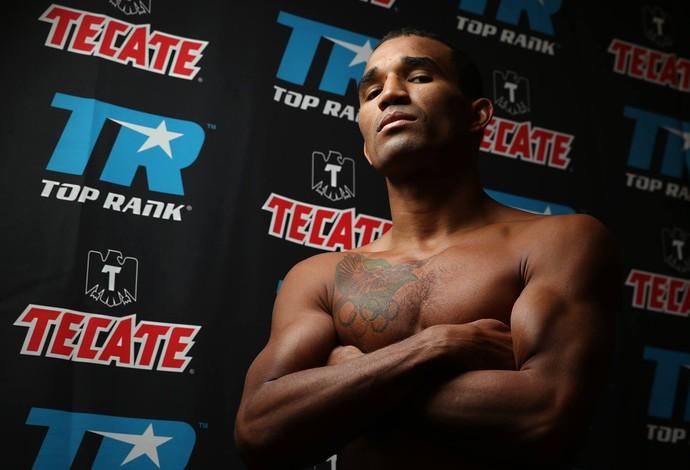 Boxe, Esquiva Falcão, Omar Rojas (Foto: Peter Amador / Top Rank)