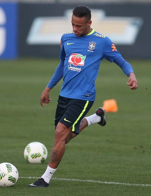 Neymar treino selecao olimpica Granja (Foto: Lucas Figueiredo / MoWA Press)